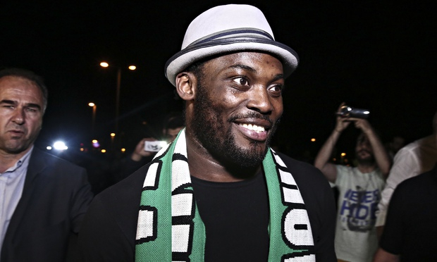 Panathinaikos pay Essien €53k, overturn points deduction