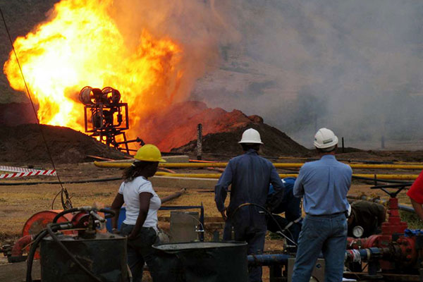 Nigerian, Australian firms get oil search licences in Uganda